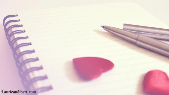Bloc note coach avec stylo et coeurs