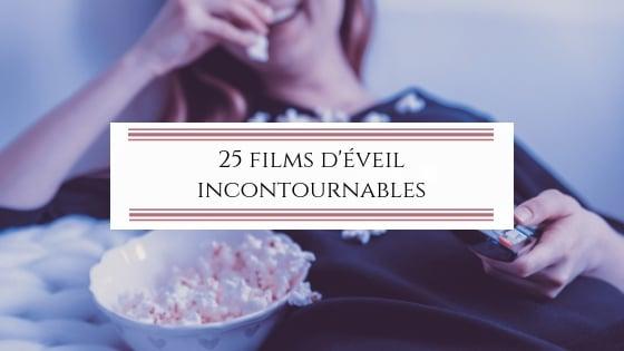 Femme en train de regarder des films spirituels incontournables / Laurie Audibert / Coach Holistique pour Entrepreneuses.