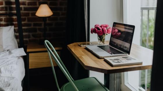 Avoir un bureau rangé, organisé et optimisé / Laurie Audibert / Coach pour entrepreneuses