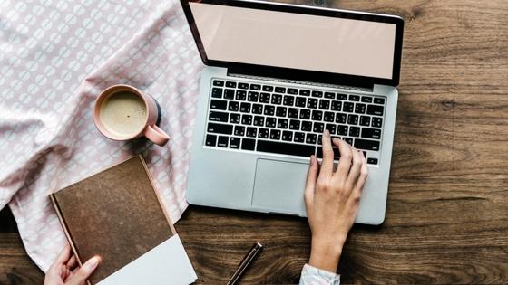 Idées de contenu pour Facebook / Laurie Audibert / Coach pour Femmes entrepreneurs