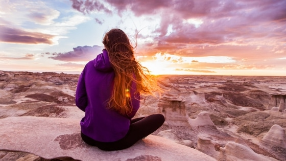 25 Mantras pour élever la fréquence vibratoire / Laurie Audibert / Coach Holistique pour Entrepreneurs Spirituels