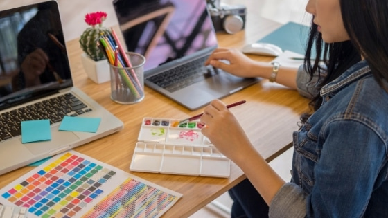 Entrepreneuse alignée / Laurie Audibert / Coach Holistique pour Femmes Entrepreneurs Spirituelles