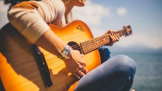 8 sites pour télécharger musiques et vidéos libres de droits / Laurie Audibert / Coach pour Entrepreneuses Spirituelles
