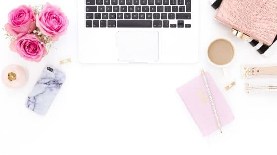 Idées de freebies pour grossir votre liste email / Laurie Audibert, Coach Holistique & Business Witch pour Entrepreneuses Spirituelles